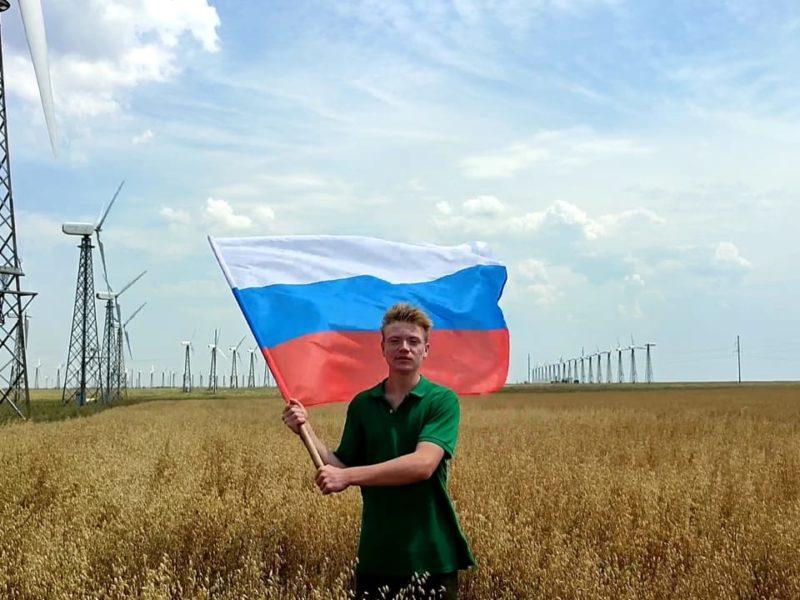 Голосуем за наших: школьник из Снежногорска представляет Россию в финале Международного Водного конкурса