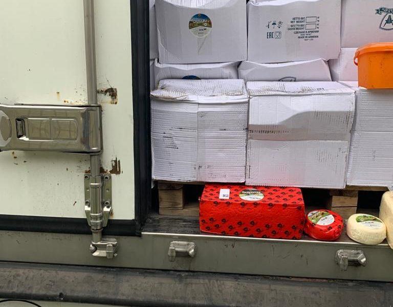 Северная Осетия: таможней выявлено 510 кг немаркированного сливочного масла